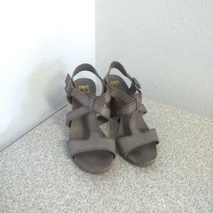 Frye Gray Leather Sandals